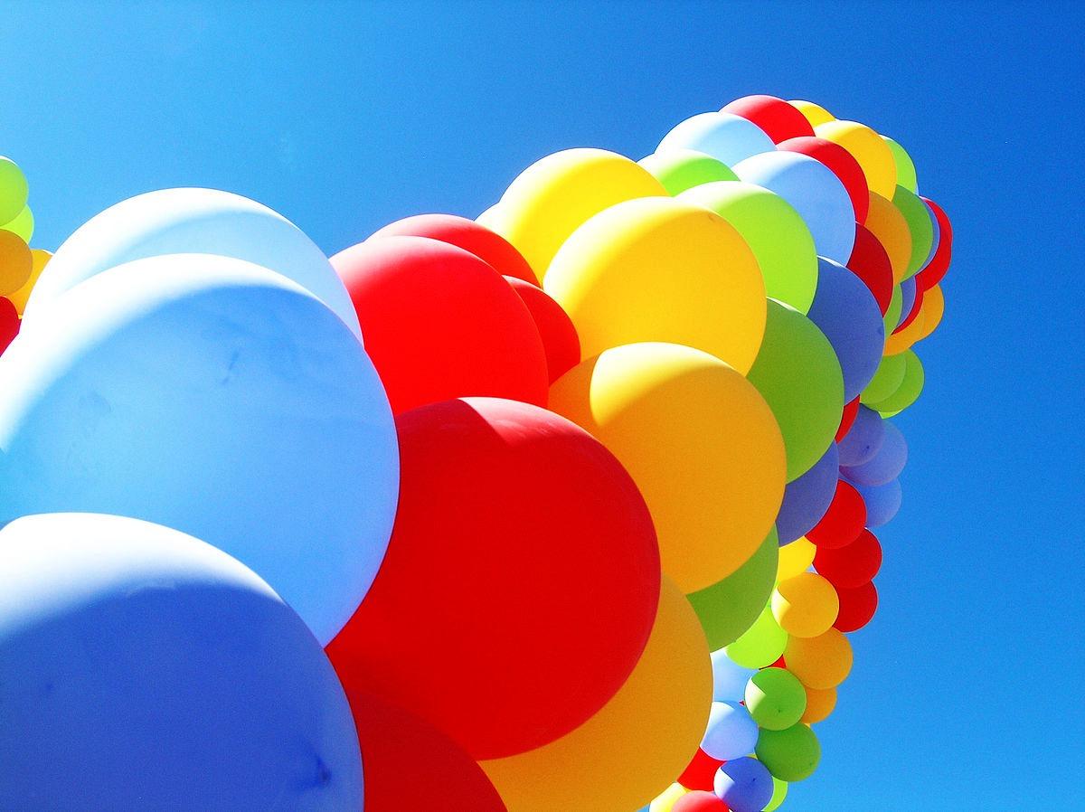 Truyện thai giáo tiếng Anh (Thai giáo ngoại ngữ): A Balloon on the Tall (Một quả bóng bay buộc vào cái đuôi)