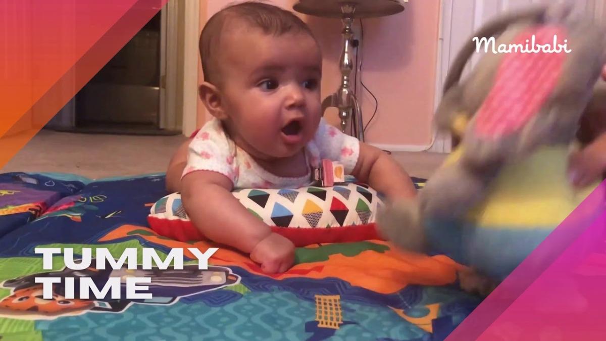 Trò chơi cho bé 1 tháng tuổi phát triển thông minh sớm và vận động sớm