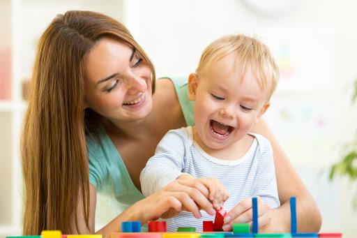 ĐỒ CHƠI VÀ GIÁO CỤ GIÚP GIÁO DỤC SỚM CHO BÉ HIỆU QUẢ NHẤT  Trong giáo dục sớm; học liệu, giáo cụ, đồ chơi là những thứ không thể thiếu nhằm giúp bé được tiếp xúc với nhiều màu sắc, hình khối khác nhau. Trong bài viết dưới đây, Mamibabi sẽ chia sẻ những loại đồ chơi phù hợp nhất với các bé theo từng độ tuổi >>> https://mamibabi.com.vn/newscategory/43/hoc-lieu-giao-cu-do-choi-tu-lam   Ngoài ra, để biết cách giáo dục sớm cho con hiệu quả nhất, bố mẹ có thể tham khảo khóa học Giáo dục sớm Montessori và Shichida cho trẻ 0 – 2 tuổi tại đây >>> https://mamibabi.com.vn/coursev2/2/khoa-hoc-giao-duc-som-cho-tre-0-2-tuoi   #giaoducsom #thongminhsom #vandongsom  Mẹ tải app Mamibabi giáo dục sớm cho bé mẹ nhé: https://mamibabi.com.vn/app