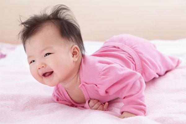 CÁCH CHĂM SÓC TRẺ SƠ SINH TỪ A ĐẾN Z: CÁC BỘ PHẬN QUAN TRỌNG NHẤT   Các mẹ sắp sinh hẳn sẽ rất quan tâm tới nội dung này phải không ạ? Mamibabi đã nhận được nhiều câu hỏi liên quan tới các vấn đề như:  - Trẻ sơ sinh 1 tháng tuổi: chăm sóc thế nào - Kỹ năng chăm sóc trẻ sơ sinh - Em bé sơ sinh mới đẻ cần được chăm sóc những gì - Cách chăm sóc trẻ sơ sinh theo từng tháng - Cách chăm sóc trẻ sơ sinh từ 0 đến 6 tháng tuổi  Trong bài viết dưới đây, Mamibabi sẽ chia sẻ cách chăm sóc những bộ phận cần chú ý nhất của trẻ sơ sinh như bộ phận sinh dục, rốn, răng, mũi, mắt; các mẹ hãy cùng tham khảo nhé >>> https://mamibabi.com.vn/newscategory/45/tre-so-sinh-1-12-thang-tuoi     #chăm_sóc_trẻ_sơ_sinh