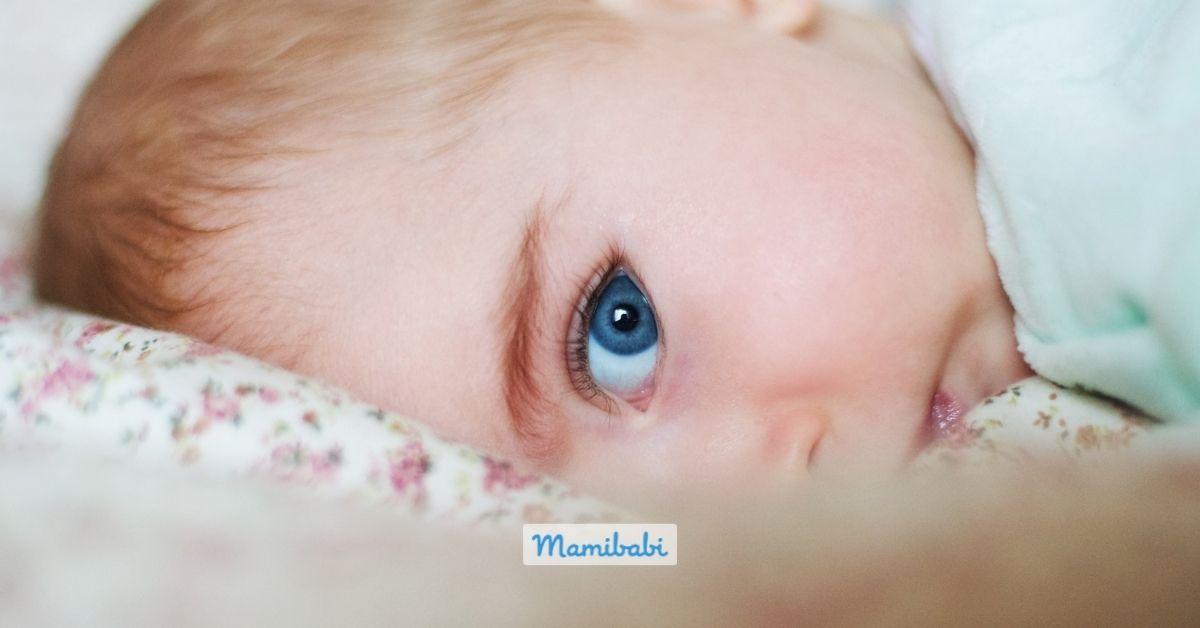 Chăm sóc mắt cho bé